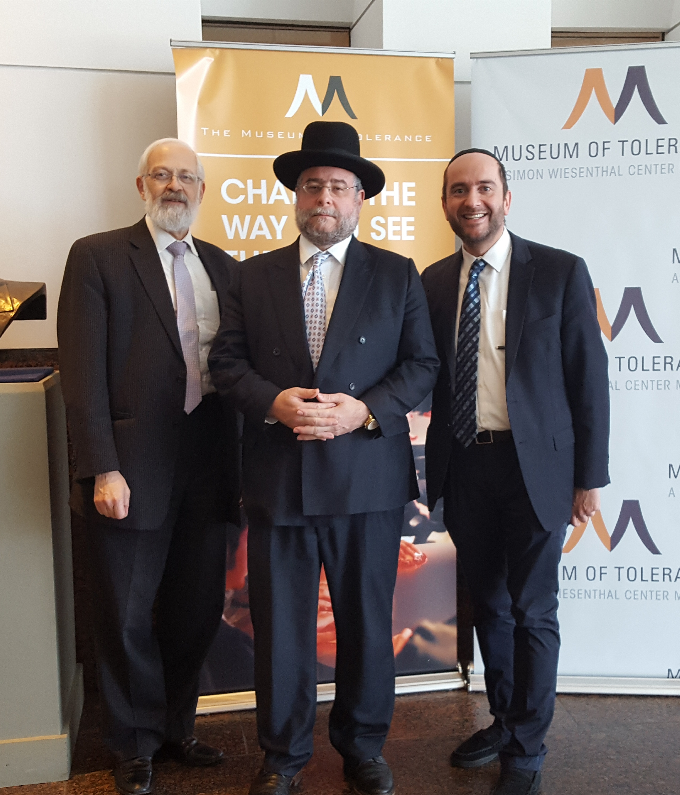 Rabbi Dunner accompanies Moscow Chief Rabbi and Conference of European Rabbis President, Rabbi Pinchas Goldschmidt, to the Museum of Tolerance, Los Angeles (November 2016)