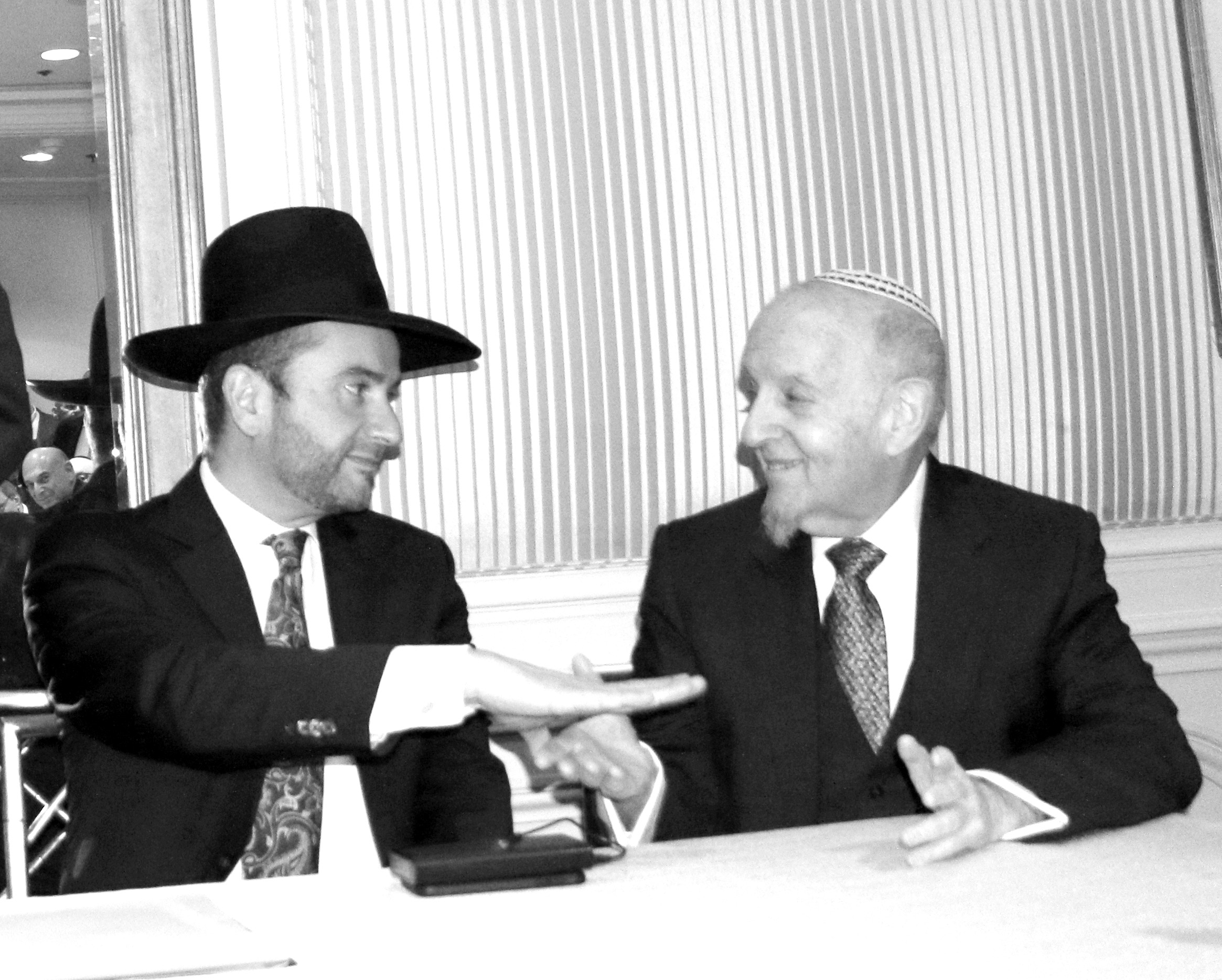 Rabbi Dunner with Rabbi Yechezkel Lookstein (2016)